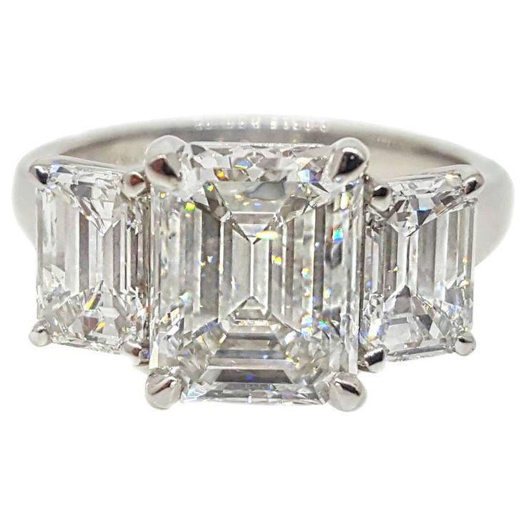 Mariage - Rectangular 4.64 Carats Emerald Cut Three Stone Platinum Ring