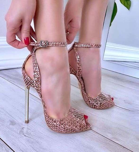 Hochzeit - Stunning High Heel Shoes For Women