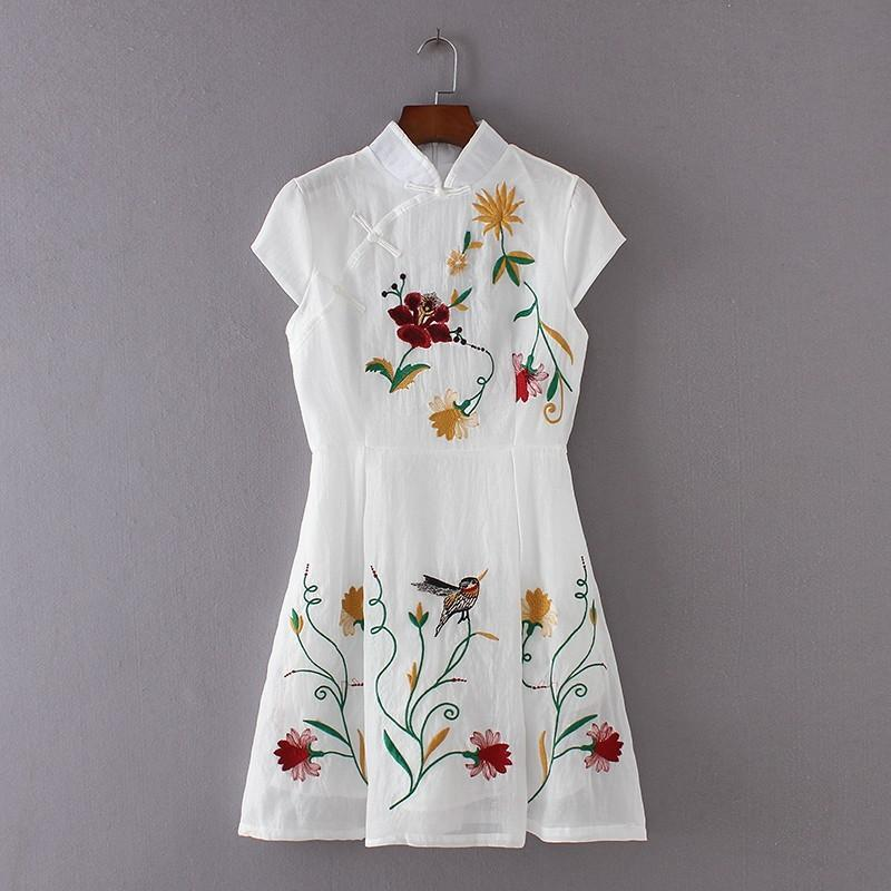 Vintage embroidery slimming floral short sleeves cheongsam for Slimming undergarments for wedding dress