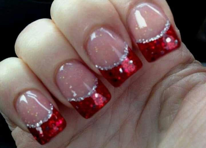 Mariage - 25 Christmas Nail Art Ideas & Designs That You Will Love