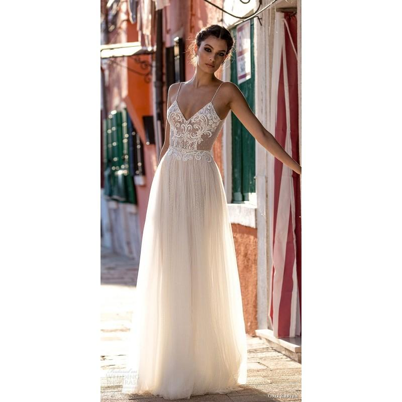 Hochzeit - Gali Karten 2018 Aline Sleeveless Tulle Sexy Spaghetti Straps Beading Sweep Train Nude Wedding Gown - Bridesmaid Dress Online Shop