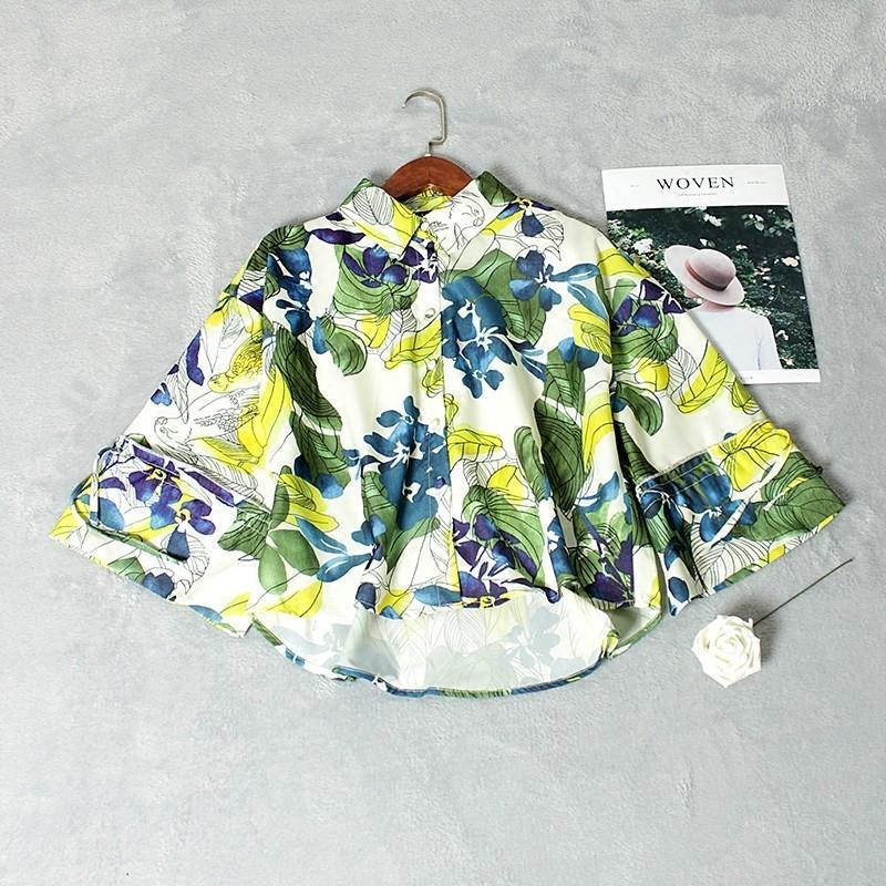 Свадьба - Printed Flare Sleeves Polo Collar 3/4 Sleeves Floral Vegetation Green Blouse - Lafannie Fashion Shop