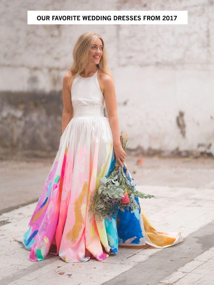 Hochzeit - Tendance Robe Du Mariée 2017/2018 - Our Favorite Wedding Dresses From 2017 #weddingdressidea