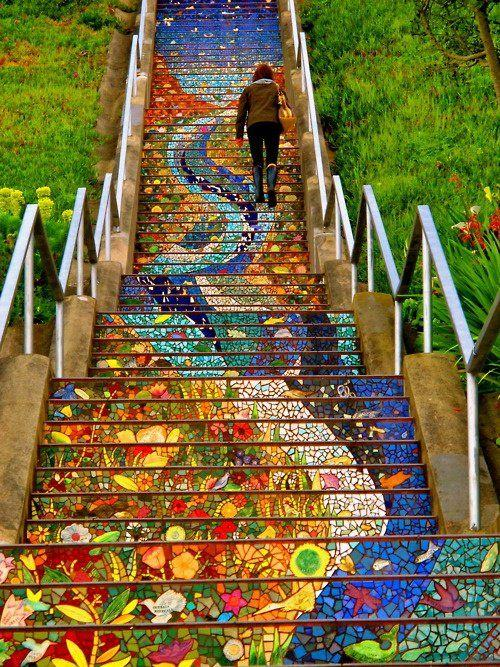 زفاف - San Francisco's Secret Mosaic Staircase