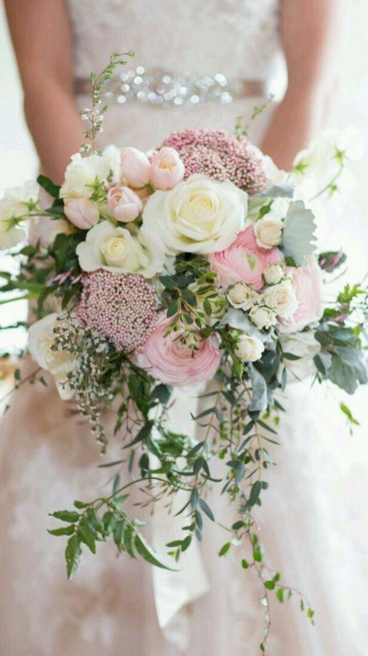 Hochzeit - 60  Amazing White And Blush Bouquet For Your Happy Wedding