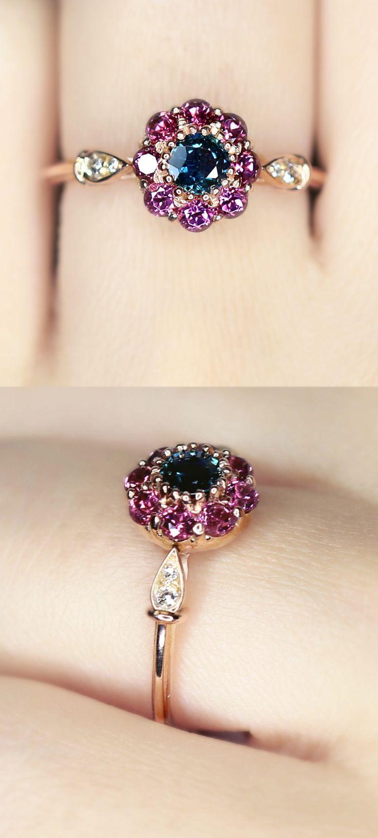 Hochzeit - Fleur Vintage Sapphire And Garnet Ring