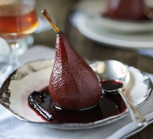 Hochzeit - Merlot-poached Pears With Vanilla & Cinnamon