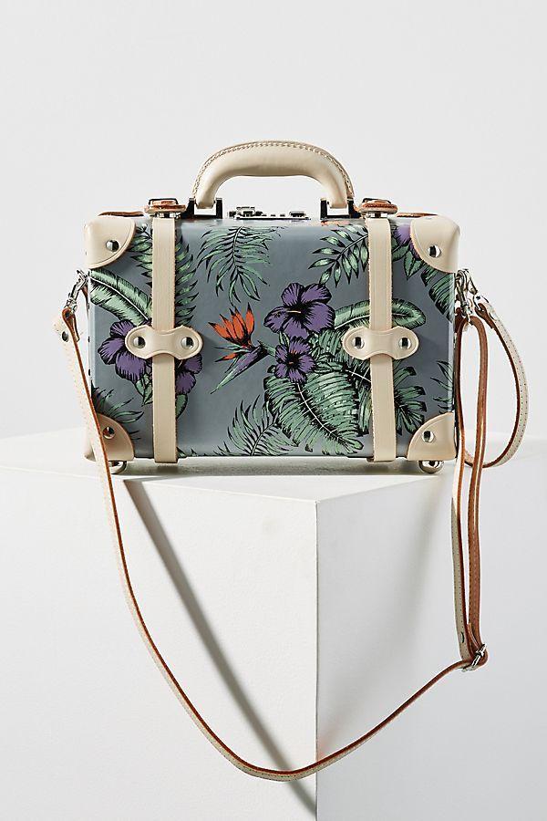 Hochzeit - SteamLine Luggage The Starlet Vanity Case