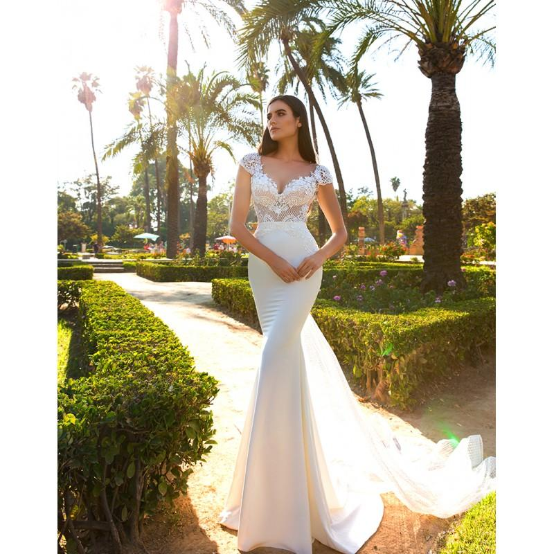 Hochzeit - Crystal Design 2017 Elle Sweet Ivory Chapel Train Fit & Flare Cap Sleeves Illusion Charmeuse Appliques Open Back Bridal Dress - Bridesmaid Dress Online Shop