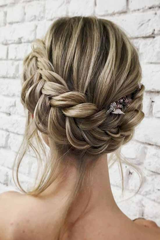 19 Best Beautiful Bridesmaid Hairstyles For Long & Short ...