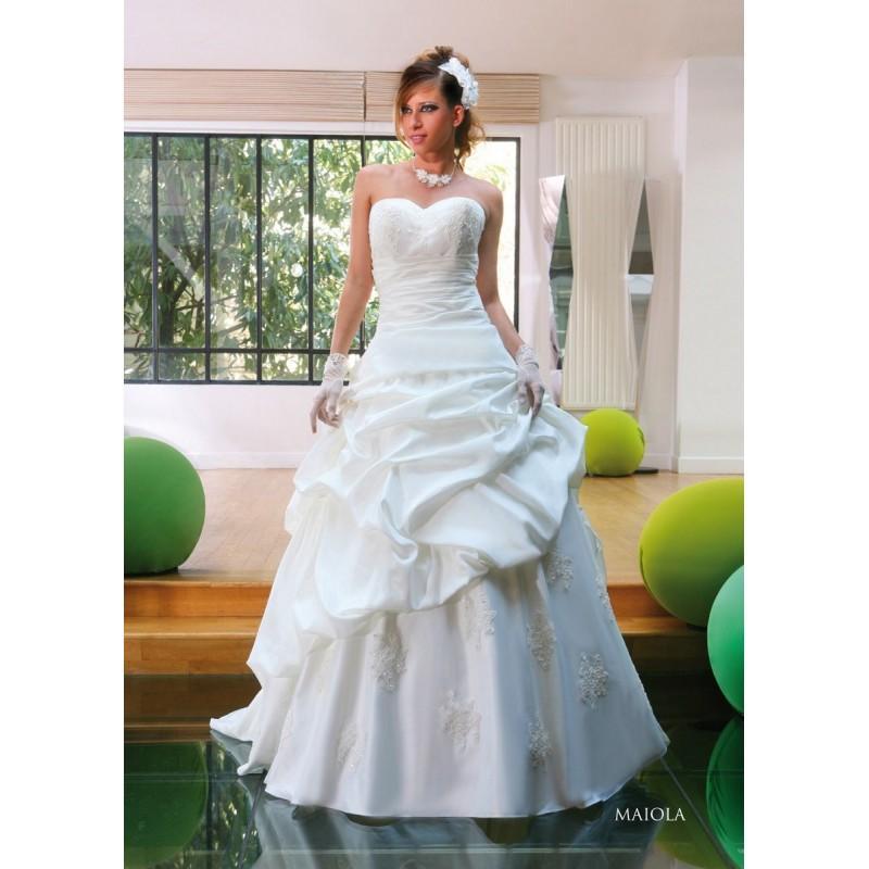 Wedding - Linea Sposa by Priam, Maiola - Superbes robes de mariée pas cher