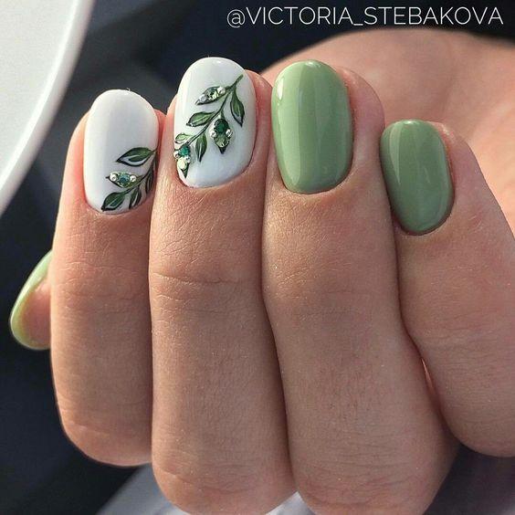 Hochzeit - 114 Easy Cute Bright Summer Nail Designs 2018