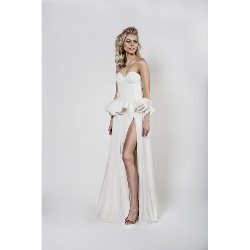 Wedding - Aida Kapociute 2017 Appliques Sweep Train Sleeveless Chiffon Sweetheart Sweet Column Ivory Beach Wedding Gown - Customize Your Prom Dress