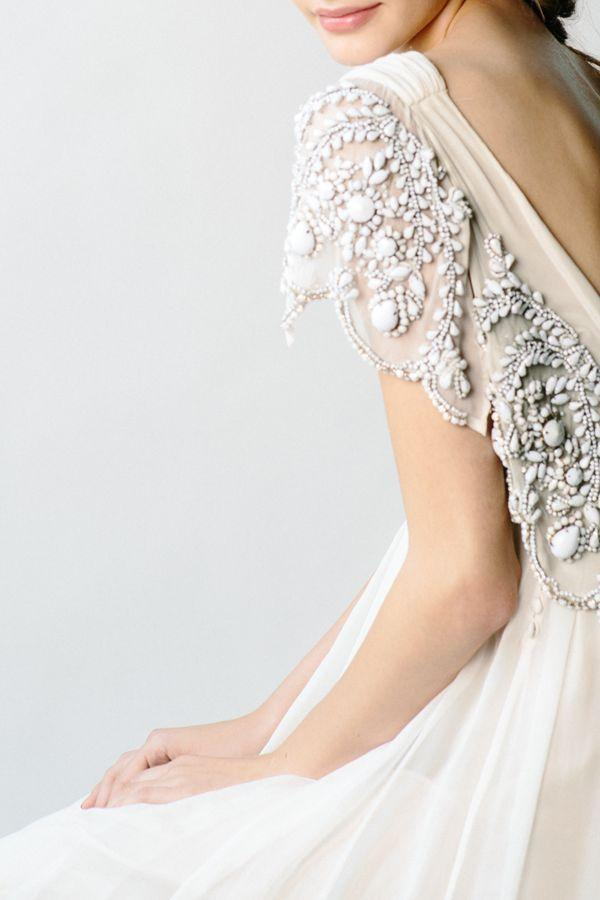 Mariage - Whimsical Backless Wedding Dress