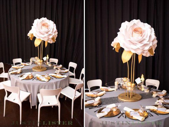 Свадьба - Paper Flower Centerpieces