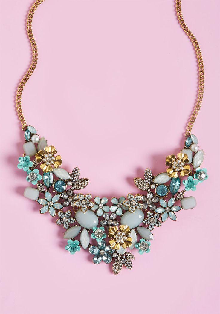 زفاف - The Flowers That Be Statement Necklace In Mint