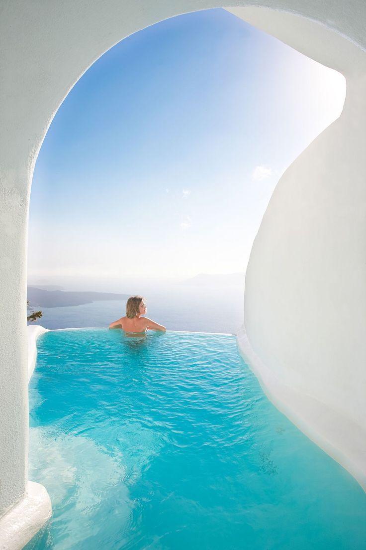 Свадьба - 12 Sensational Cave Pools In Santorini
