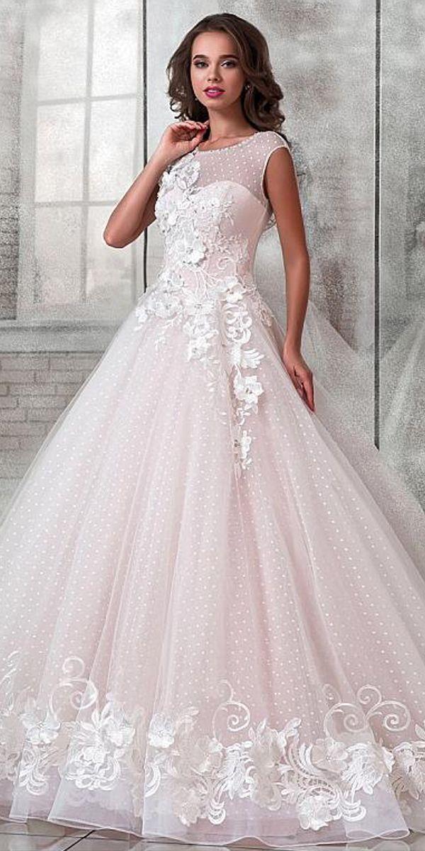 Свадьба - Elegant Polka Dot Tulle Scoop Neckline A-Line Wedding Dress With Lace Appliques & 3D Flowers & Beading