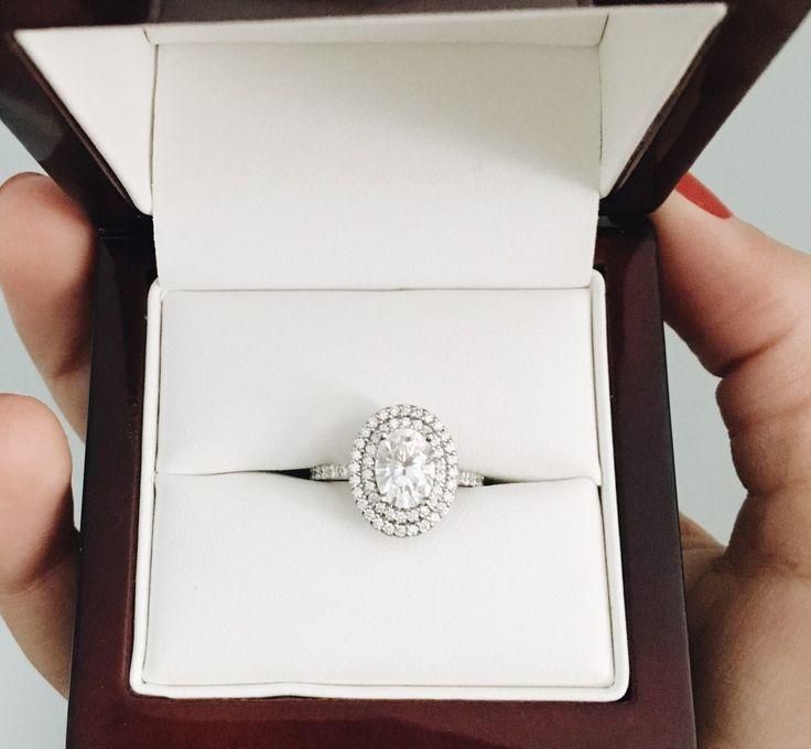 Mariage - Gianna And Joe's Proposal Story On HowHeAsked.com!
