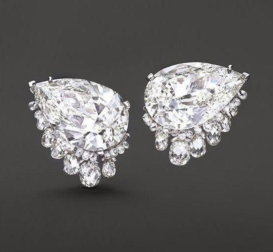 زفاف - Striking Pear And Briolette Diamond Earrings By Fred Leighton, ~49 Carats