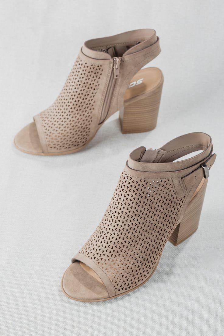 Hochzeit - Blind Date Dress Sandal