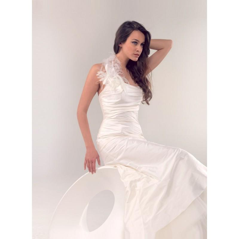 Wedding - Lambert Créations, Belle-Ile - Superbes robes de mariée pas cher