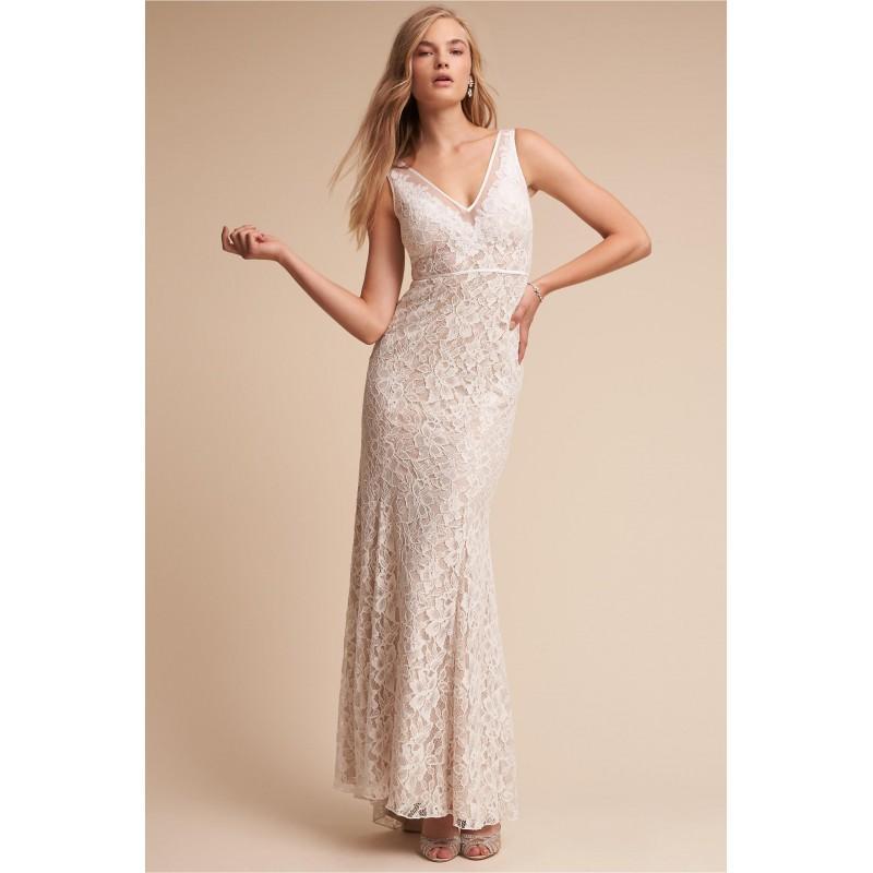 Свадьба - BHLDN 2017 Essence Sweep Train Ivory Lace Appliques Elegant Sheath V-Neck Sleeveless Outdoor Wedding Dress - Wedding Dresses 2018,Cheap Bridal Gowns,Prom Dresses On Sale
