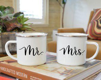 Hochzeit - Mr. & Mrs. Calligraphy Mug