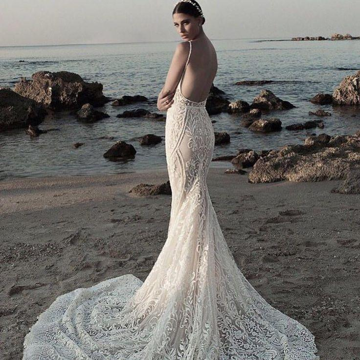 Mariage - International & Exclusive Wedding Gowns And Accessories
