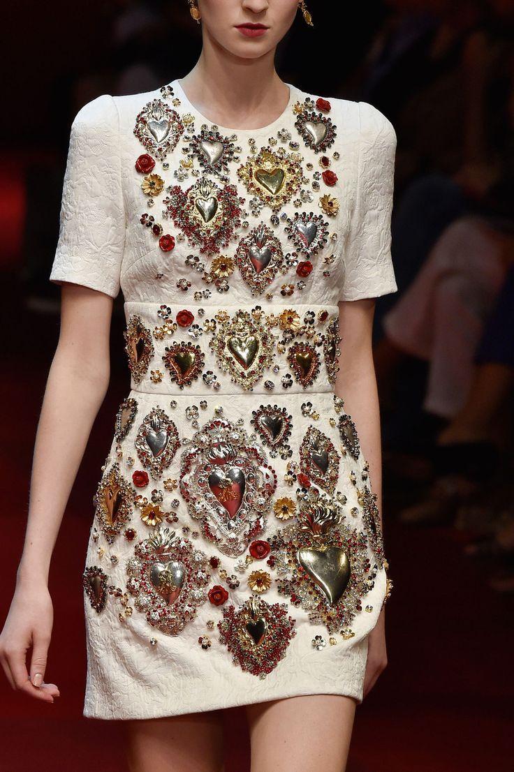 Hochzeit - Dolce & Gabbana At Milan Fashion Week Spring 2015
