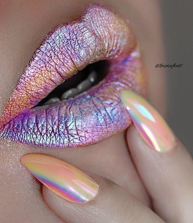 Свадьба - Obsessing Over This Nail & Lip Combo By @theminaficent ✨ Check Out Her Page For More Magical #inspo