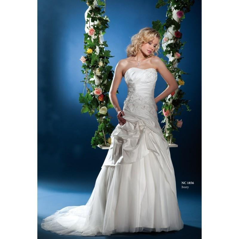 Hochzeit - Nana Couture, NC 1856 - Superbes robes de mariée pas cher