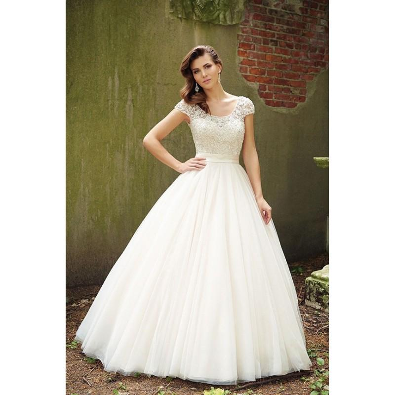 Allure Bridals 9100 Beaded Beaded Cap Sleeve Ball Gown Wedding Dress