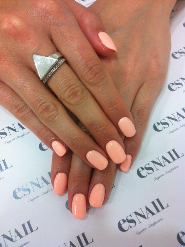 Hochzeit - Pastel Neon Peach / Essie Van D'go Is A Summer Must-have #nails