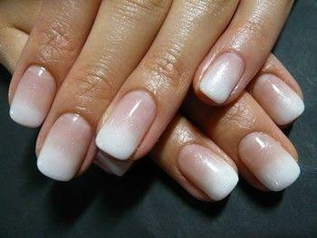 Hochzeit - Ombre French Manicure - Like- I Luv This..and I Asked For This At The Nail Place- They Could Do Other Colors..but They Can't Do This.....say Wh…