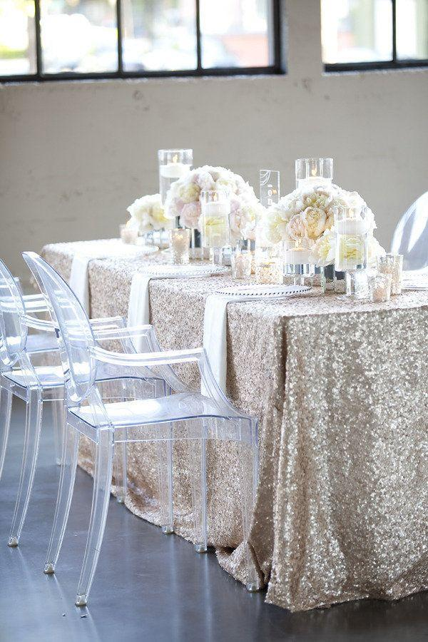 زفاف - Sparkly Linens. If It's Too Expensive To Put These Linens On Every Table At Your Reception, Try Every Other Table Or Every Third Table...o…