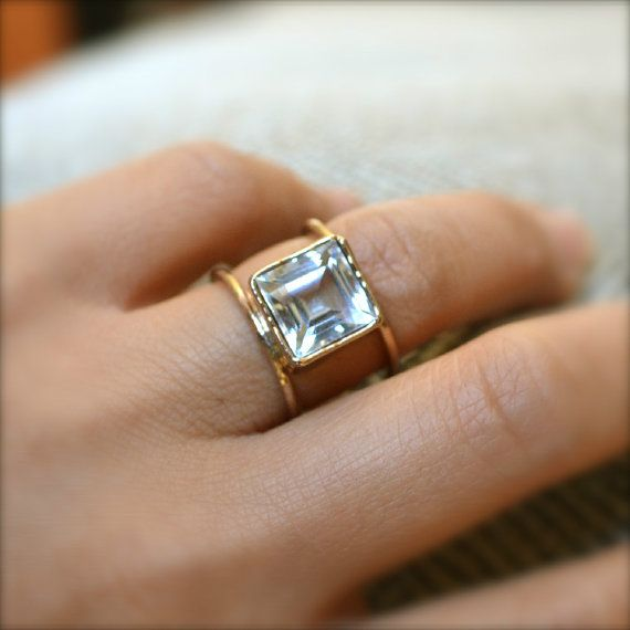 Mariage - Double Wheel Gold Ring With Square By Illuminancejewelry On Etsy, $65.00