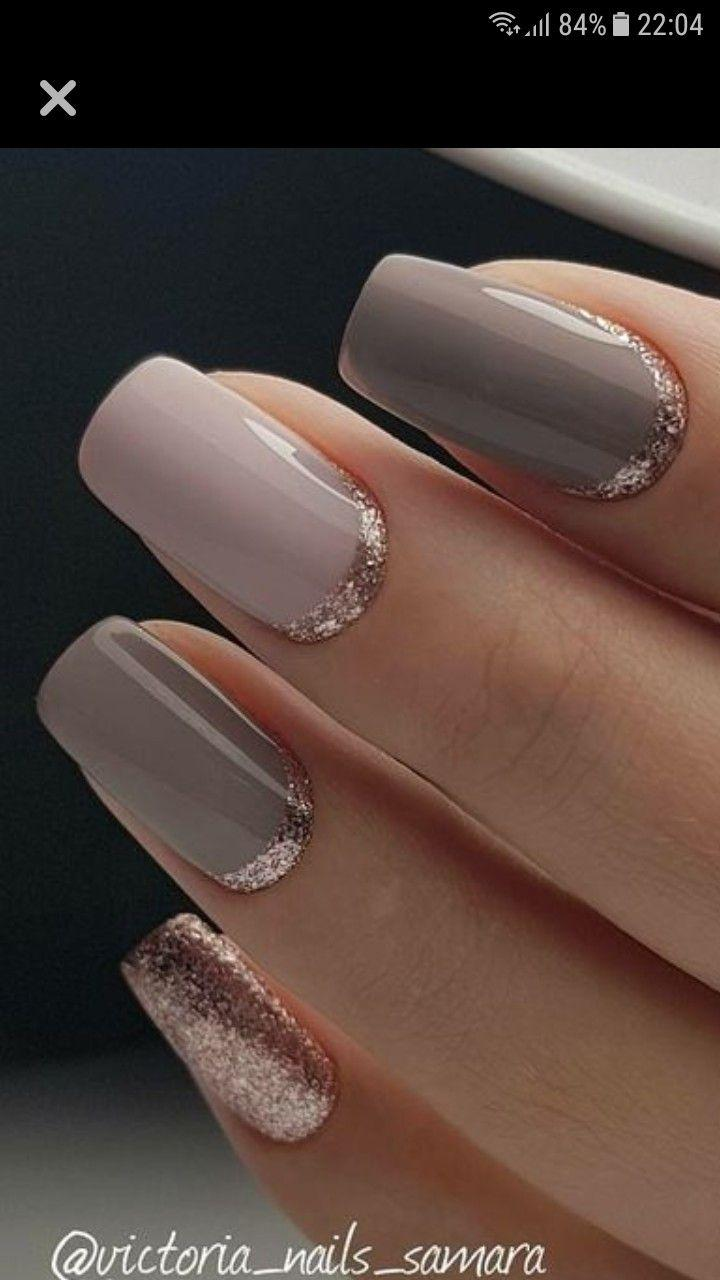 زفاف - Love The Hint Of Rose Gold Glitter Around The Cuticles