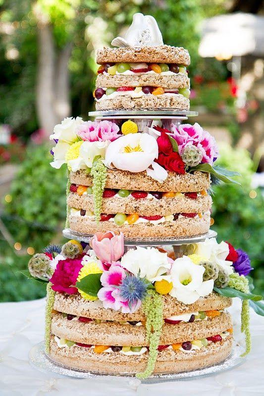 Hochzeit - Unfrosted Wedding Cake   Fruit In Layers