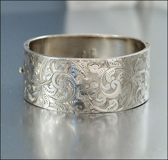 زفاف - Sterling Silver Bangle Bracelet Antique Jewelry Victorian Jewelry Wide Engraved Vintage 1880s