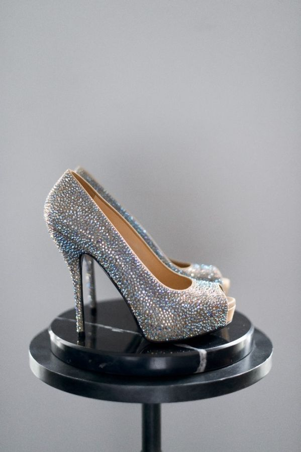 Hochzeit - Carats & Cake: Gucci Shoes
