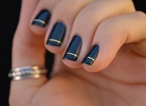 Свадьба - This Cool Mani Is At The Top Of My Must-try List. So Simple And Oh-so Stylish!