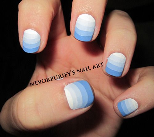 Свадьба - Today's Daily Nail Art Is This Blue Striped Gradient Design By Nevsnailart. If The Sponged Technique Is Too Difficult For You, Perhaps Th…