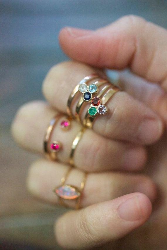Свадьба - Solid Gold Honeycomb Ring, Precious Gemstone 14k Gold Birthstone Tri Gem 3 Stone Stacking Ring Triangle Modern Trending Mommy Jewelry Mom