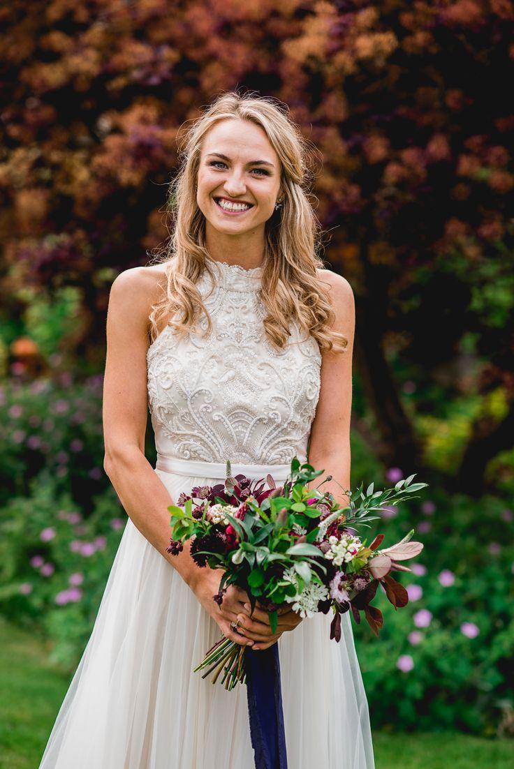 زفاف - Bright At Home Tipi Wedding With DIY Decor & Catherine Deane Carly Bridal Gown