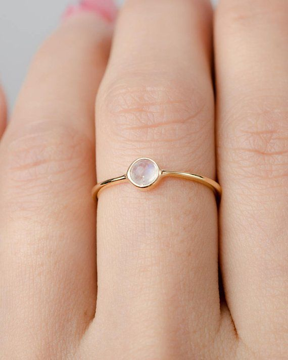 Hochzeit - Dainty Moonstone Ring, Sterling Silver. Yellow Gold Vermeil, Dainty Minimalist Ring, Hand Made Jewelry, Birthstone Gift, Lunai, RNG036MOO
