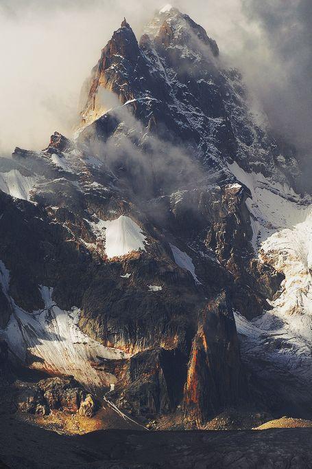 زفاف - SNOWY MOUNTAINS  Hiking Is Life, Living In The Mountains, Out In Nature, Rocky Mountains, Travel Destinations And Places To See What…