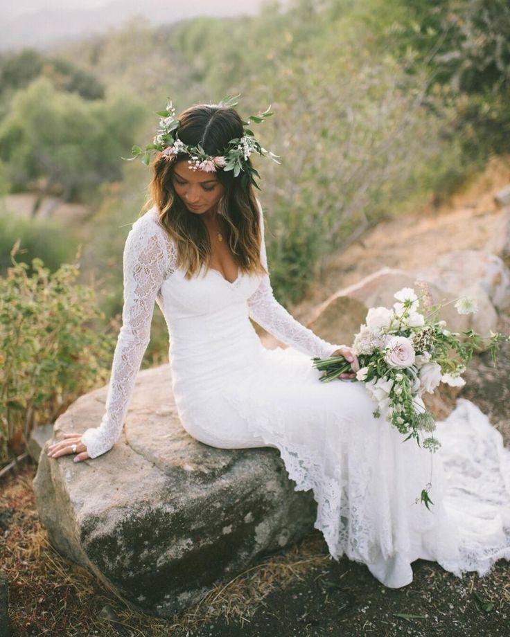 Свадьба - Boho Bride In @loversxsociety X @greenweddingshoes Dress