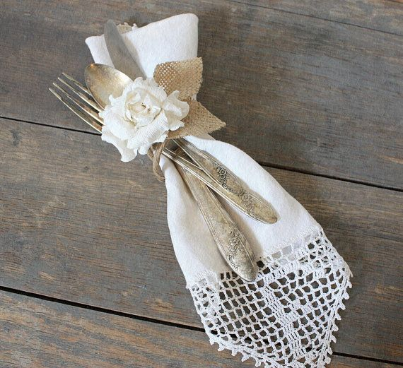 Свадьба - Utensils Tied With Burlap (we Used Silver Plastic And At First Look Everyone Thought That It Was Real Silver!) Sweet!