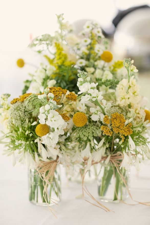 Hochzeit - Beautiful DIY Wedding Flowers, Bouquets And Centerpieces